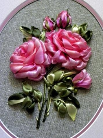 роза из атласных лент